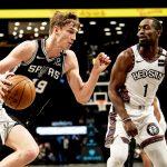 Bojan i Jazzeri sredili Lakerse sa 22 trice, Luka Šamanić u petorci Spursa
